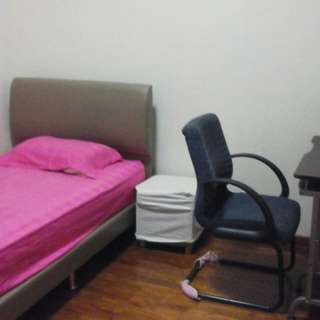 Ridge Court Condo Common Room For Rent Very Near Potong Pasir MRT Station,