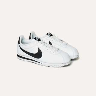 nike cortez leather white and black size 7