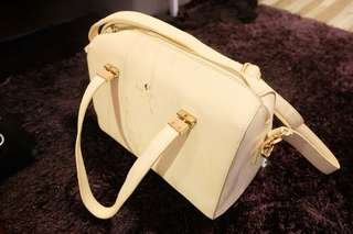 Kate spade beg *NOT AUTHENTIC