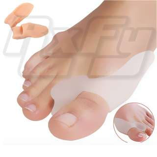 Soft Silicone Bunion Relief 2 Big Toe Protectors with side shield Cushion Bunions Treatment Gel Toe Separator, Spacer, Straightener and Spreader Hallux Valgus perfect Toe Alignment