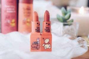 [PO] Pooh Mini honey lip sticks dual pack