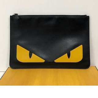 🆕👱‍♂️👱‍♀️Authentic Fendi Monster Eye Clutch
