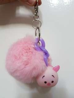 [Juniorcloset] 🆕 Tsum Tsum Piglet keychain with pom pom Tsum Tsum keychain Piglet bag charm