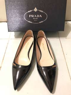 Prada Flat