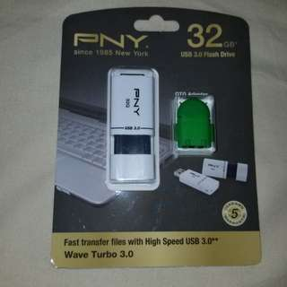 PNY 32G USB 3.0 Flash Drive 指手