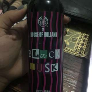 Body lotion black musk