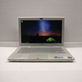 [ATI i3 2GB] Sony VAIO VPCSB35FG i3-2330M 2GB Ram 320 GB HDD (With Charger/Case/Mouse)