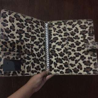 Binder Leopard so cute!