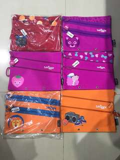 Smiggle pencil case canvas a5