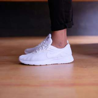 NIKE TANJUN TRUE WHITE