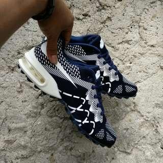 Sepatu nike airmax flyknit import