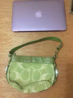 Coach shoulder bag (authentic)
