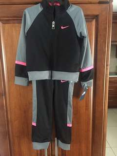 Brand New NIKE Suit for Girls