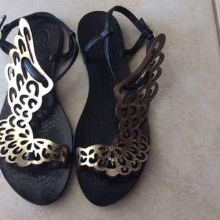Unique Italian leather sandals