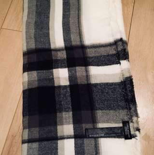 REDUCED Bnwot zara blanket scarf