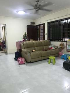 4RM 'A' Blk 425 SEMBAWANG FOR SALE