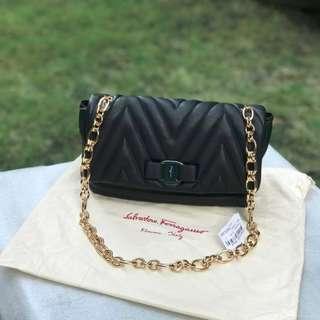 Salvatore Ferragamo Bow Shoulder Leather Bag