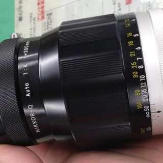 Nikon-Q 200mm f4 (manual focus)