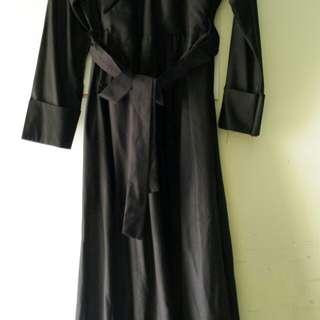 Baju muslim hitam