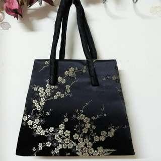 絲質刺繡手提包