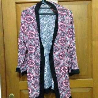 Outer wanita pink motif