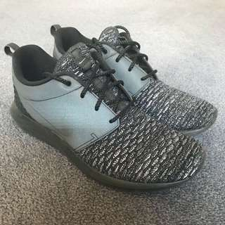 Nike Roshe NM Flyknit Trainers