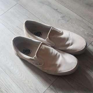 Vans Canvass White Slip on