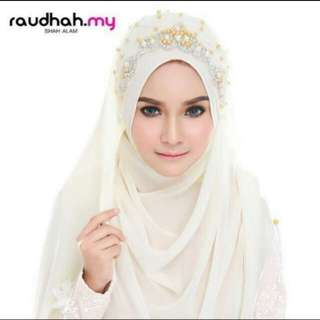 Raudhah Veil with Cream Shawl