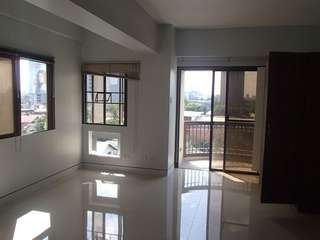 Studio Condo unit for Rent QC