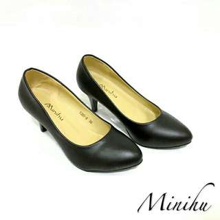 Minihu Black Shoes