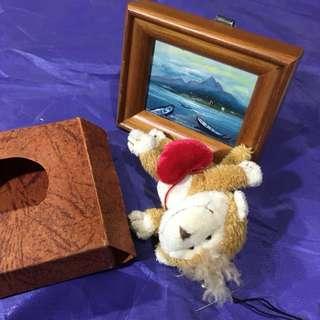 🚚 全新 木質小型桌上相框附質感盒子 買就送全新小猴子吊飾 送人禮物送禮自用兩相宜
