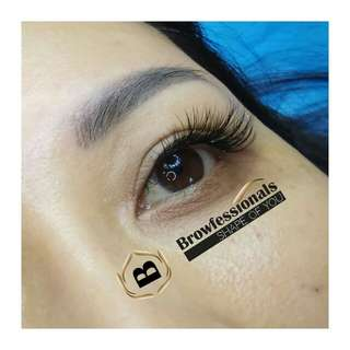 Unlimited Natural Eyelash Extensions strand by strand