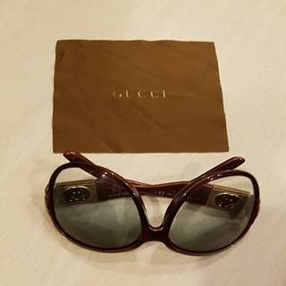Gucci Sunglasses ( Preowned )