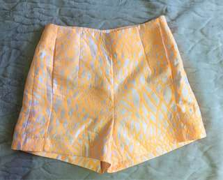 Kookai Tahiti Shorts size 34 or size 6