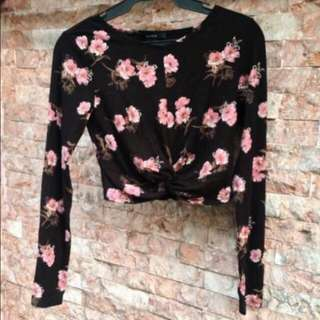 LOOKING FOR: FOREVER 21 FLORAL WRAP LONG SLEEVES TOP