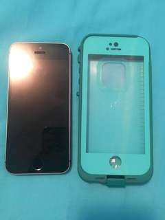 iphone 5s + life proof case
