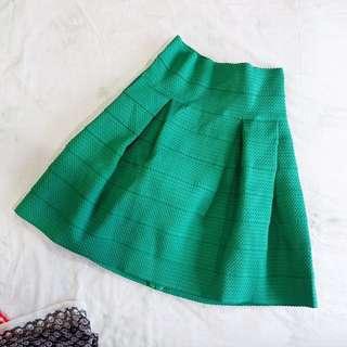 H&M textured puffed skirt