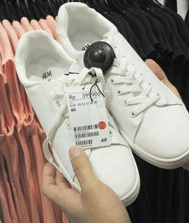 H&M Shoes White