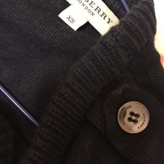 Burberry knit 70% silk 30% cashmere size XS