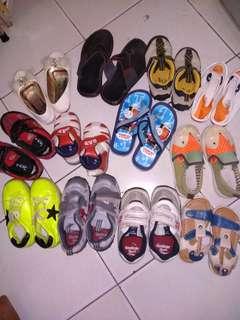 Sepatu anak serba 50.000 an