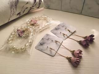 🌸姊妹系列🌸  #珍珠鏈 #手花 #耳環 #姊妹 #姊妹禮物 #Wedding #Bracelets #Earring