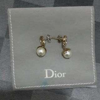 Authentic 100% Original Christian Dior Earing Stud Pearl