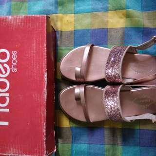 REPRICE! Rp 170rb Sepatu Sandal Mulus, ada hak 3cm.