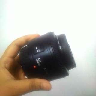 D01 Lensa fix 50mm