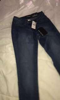 Fashion-nova medium washed jeans