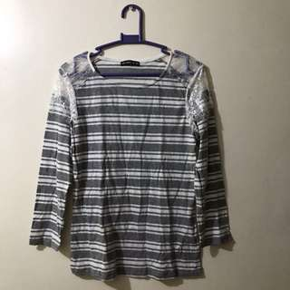 TERRANOVA Gray and White Stripes Long Sleeves Blouse