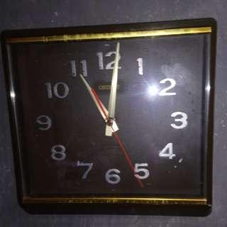 vintage clock Orient Quartz