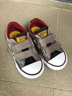 Boy Shoes Converse USA 7 / 7c