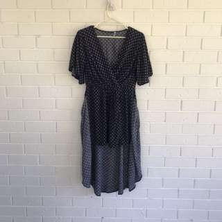 Tie at the front dress flattering size 12