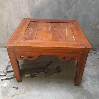 Meja kayu jati